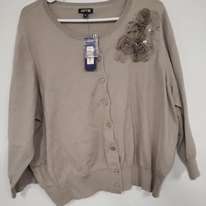 Apt.9 cardigan button up floral design sweater NWT